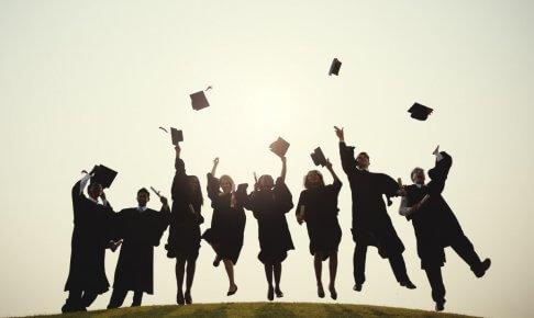 【英語履歴書必見!】学位・資格の英語表記一覧
