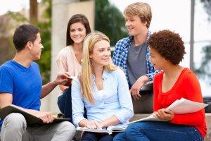 語学留学で目的を持たずにお金も時間もドブに捨てた私の経験談